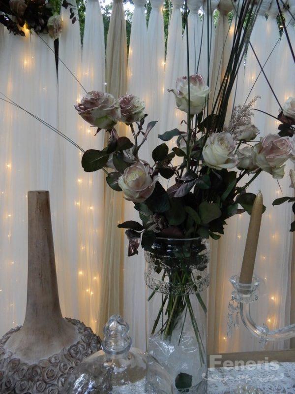 Στολισμός Γάμου Ξύλο Χαλκός και Τριαντάφυλλο